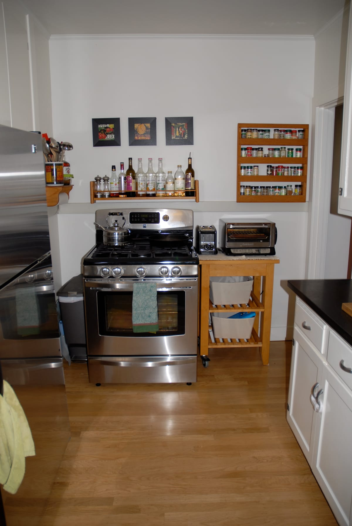 Fully stocked/equipped kitchen