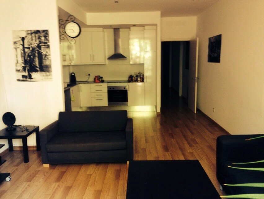 Single Room in Centric Apartment