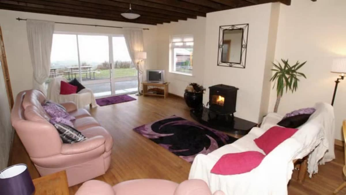 Three bedroom holiday cottage