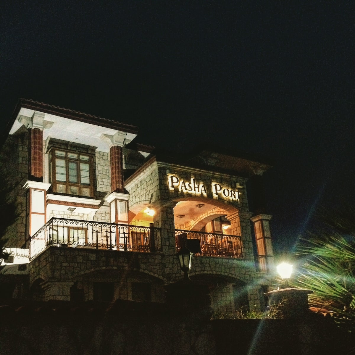 Pasha Port Hotel & Restaurant