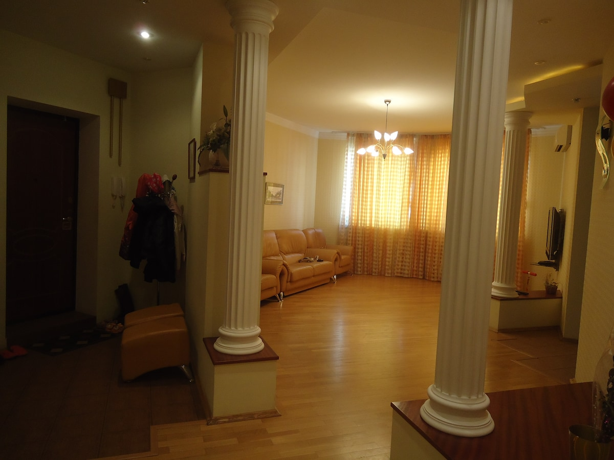 Cozy rooms in a nice apt, center