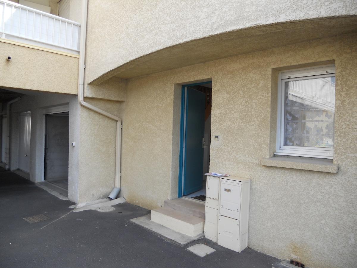 Villa type T3 dans résidence fermée