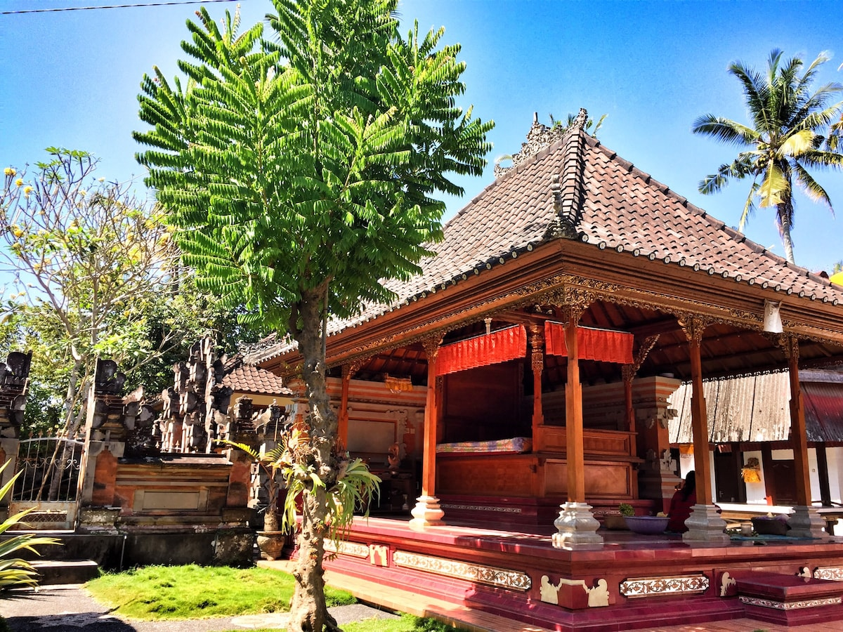 Traditional Balinese house homestay