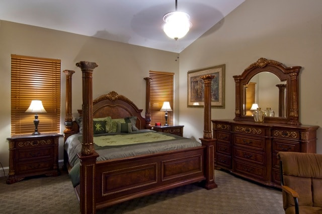LARGE PRIVATE GUEST SUITE, PRIVATE BATH, PRIVATE BALCONY