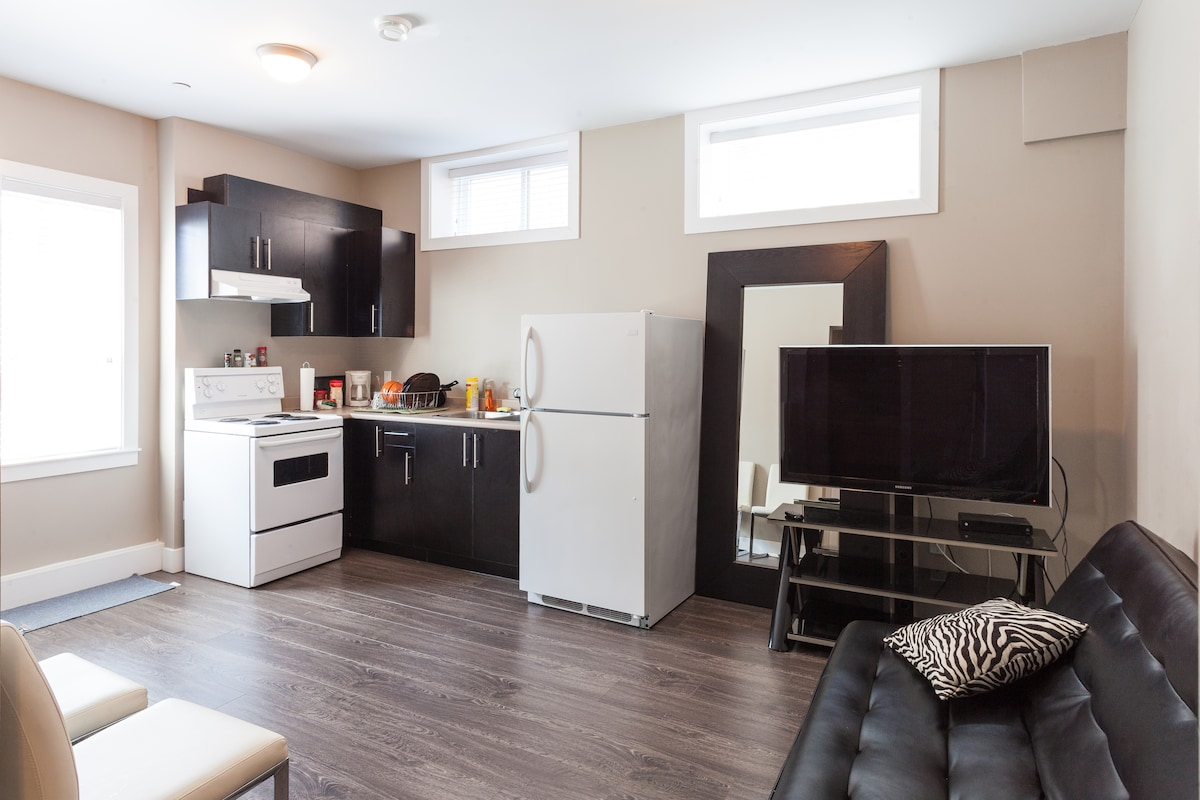 2 Bedroom Private Suite in New Home