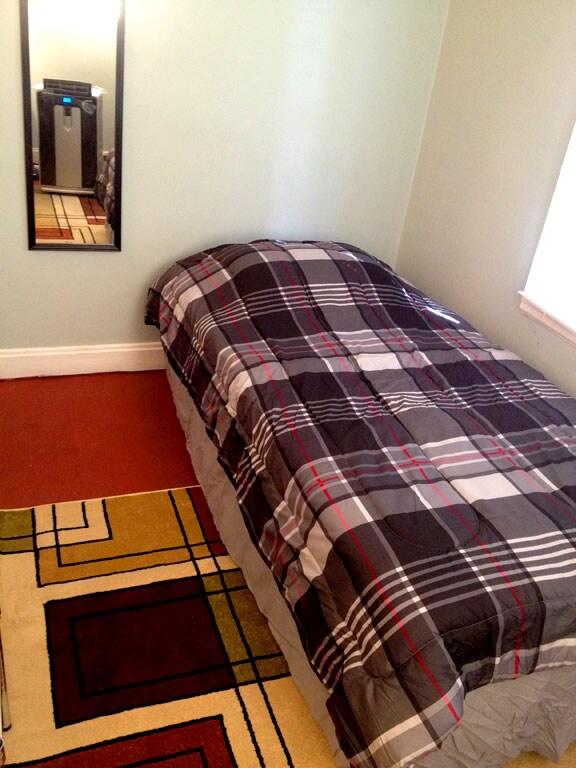 Room (E) private bath/kitchenette