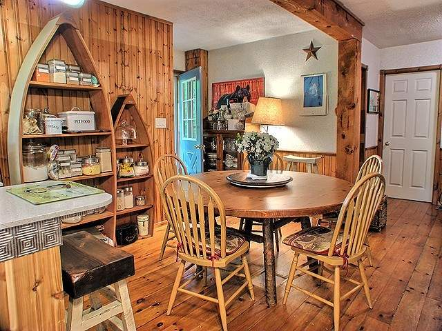 Julia's Muskoka Cottage Private rm