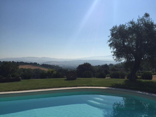 Large Villa in Todi with Pool
