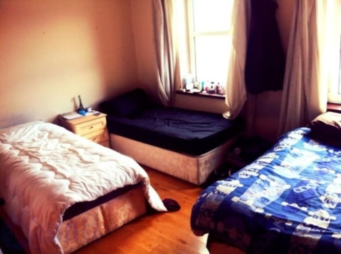 1share bed available in city centre