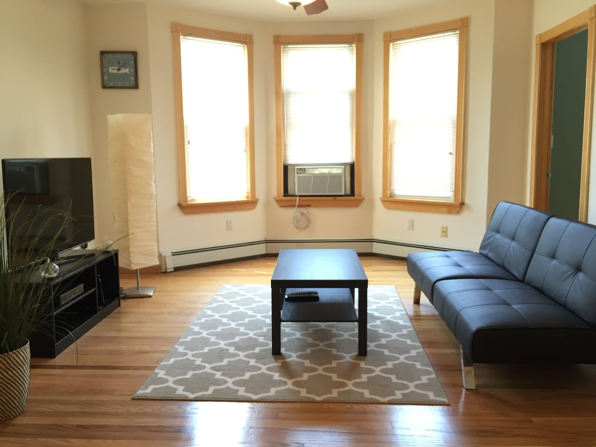 Spacious 2BD 15min to TIMES SQ!!!