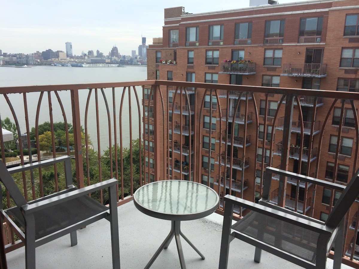 Nice 1 bedroom appart on waterfront