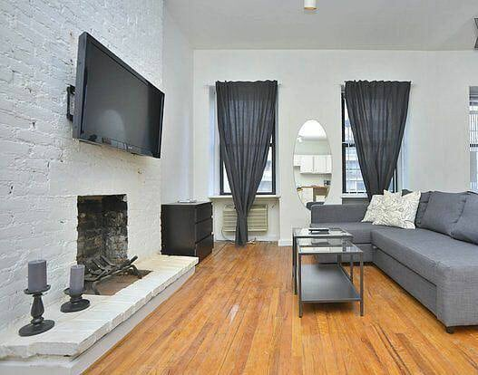 Amazing 1BD Downtown + free parking