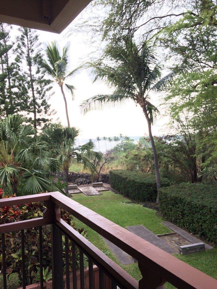 1 week stay at the Kona Billfisher