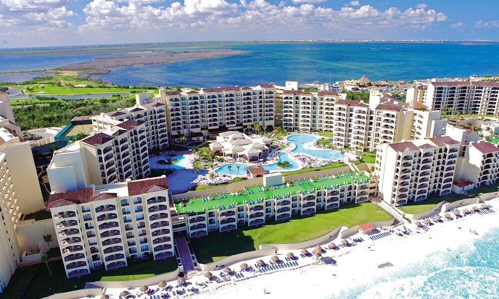 Padre departamento en Cancún 4bd