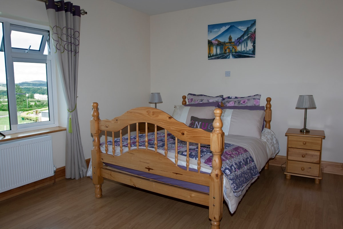 Family room, 2double beds & ensuite