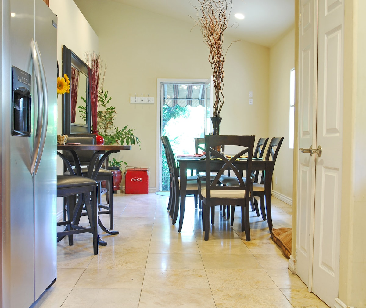 Dinning room with access to the back yard