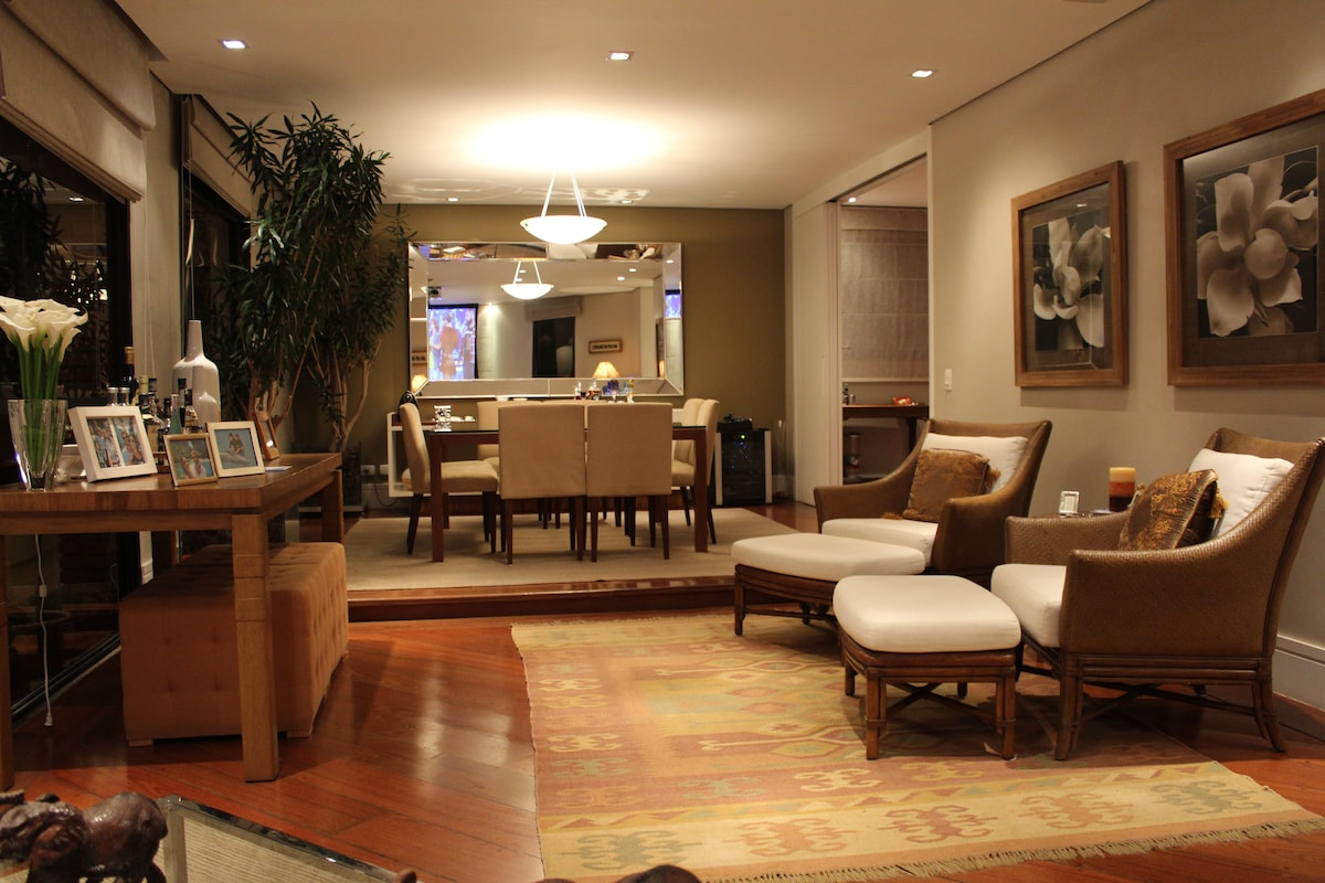 LUXURIOUS 3Beds in Real Parque