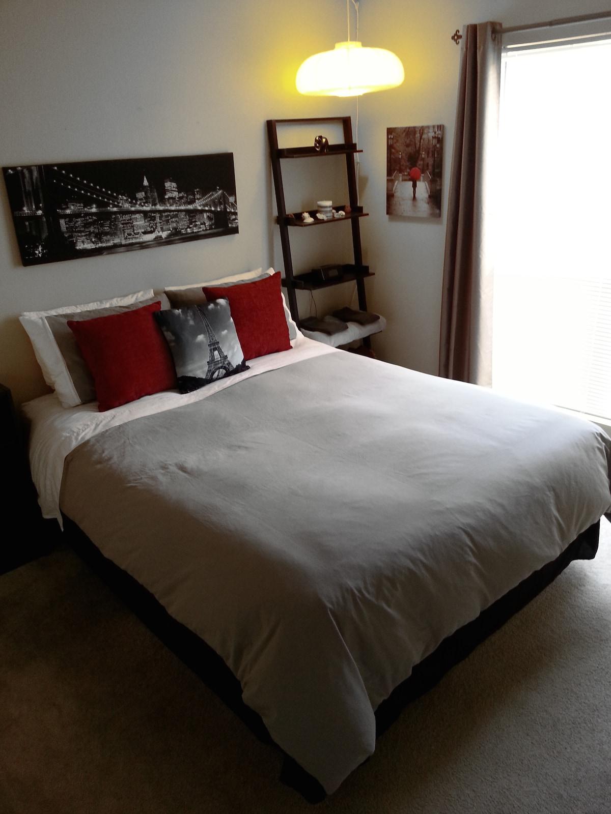 soft, comfortable sheets/duvet