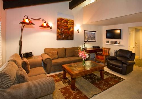 HZ136- 1 Bedroom+Loft Sweet Spot