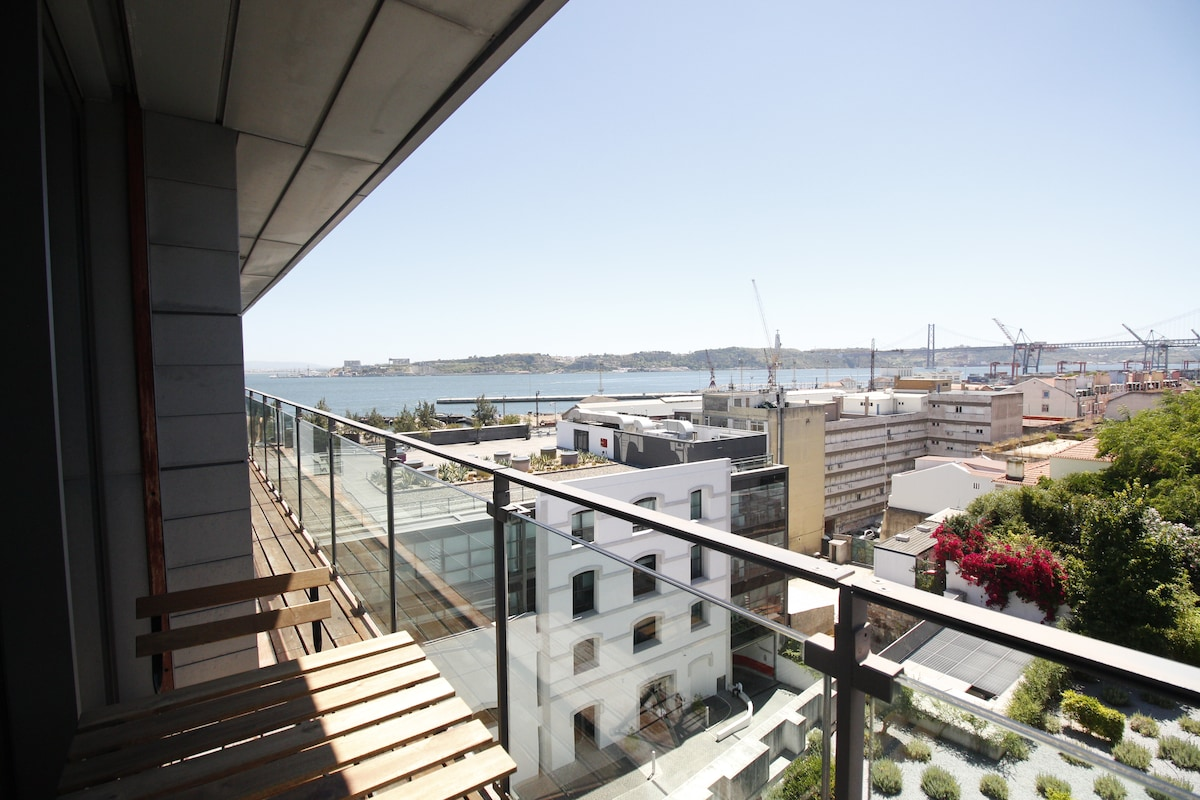 New flat in Santos with Tagus view