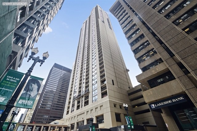 1 Bdr Downtown, Great Location!