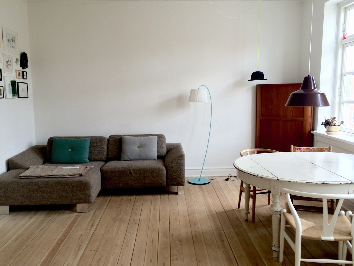 Bright and cosy four room apartment