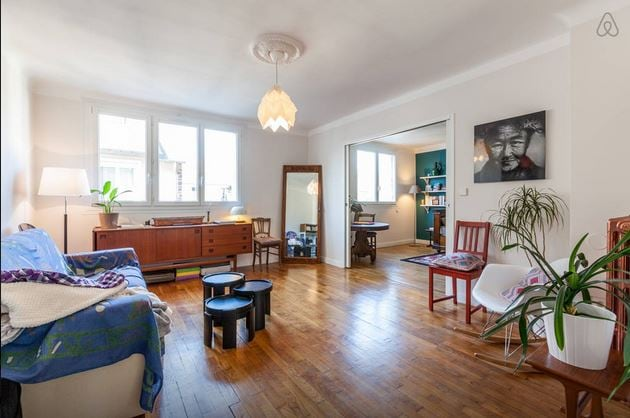 Room 1 in charming & central flat!