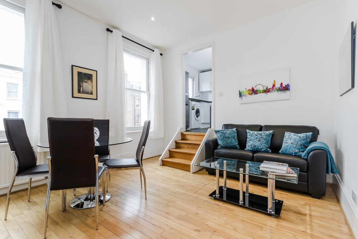 Bright 2 Bed in Earls Court