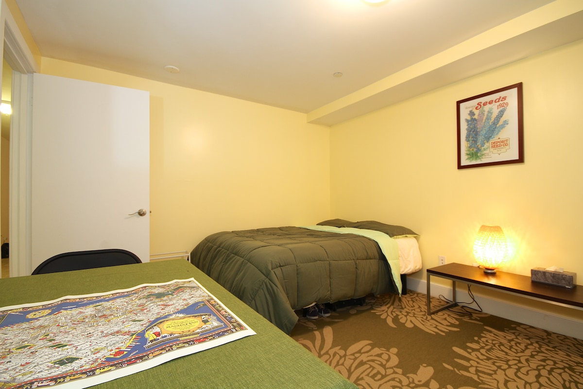 Another view of the spacious guestroom.