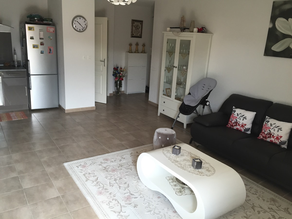 Bel Appartement Neuf F3 Nice France