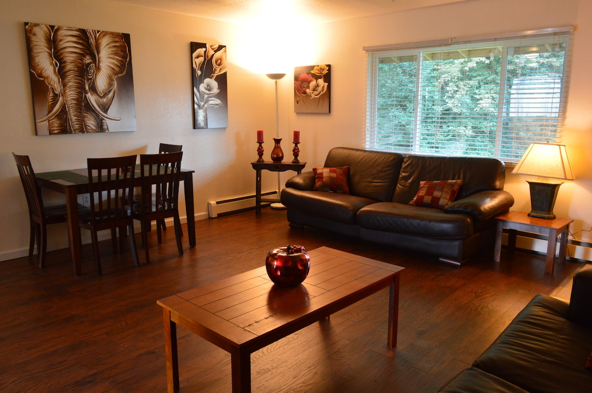 Spacious 2br 5 Min From The Airport
