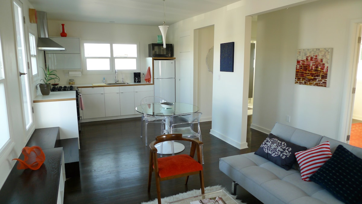 """The Art Loft"" 1BD in Culver City"