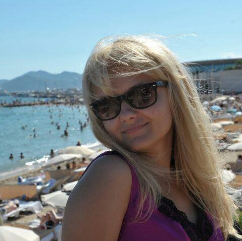 Je suis artiste et j'habite à Nice depuis plus de