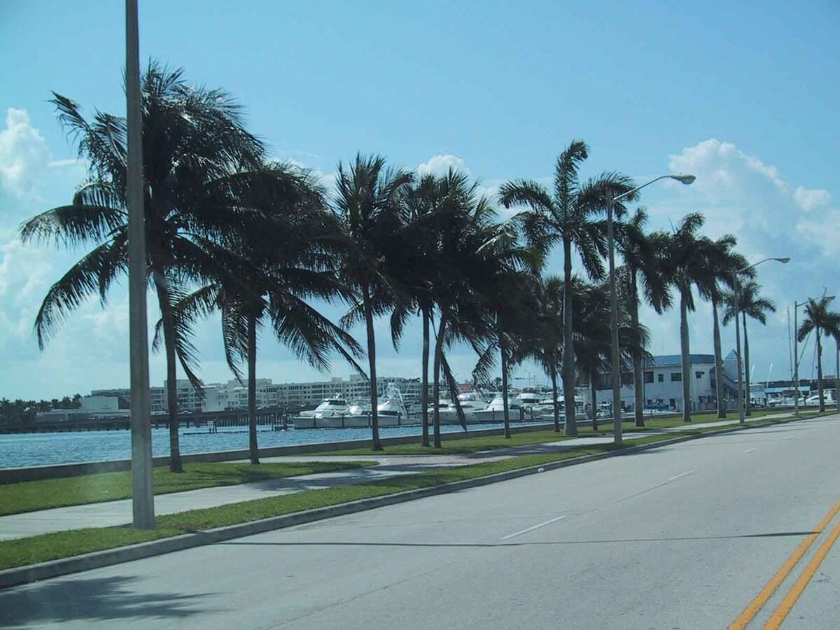 Faith From West Palm Beach, FL