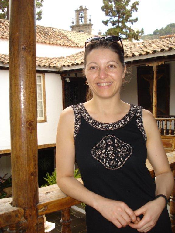 Me llamo Noemi, y soy de Tenerife. Vivo en Icod de