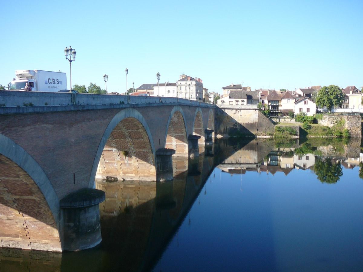 Sylvie From Liorac-sur-Louyre, France