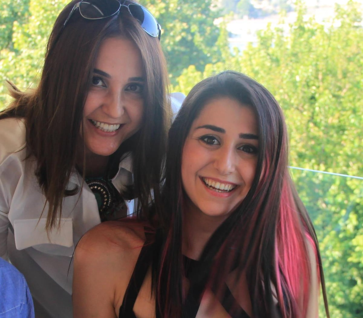 Melis & Oya from İstanbul