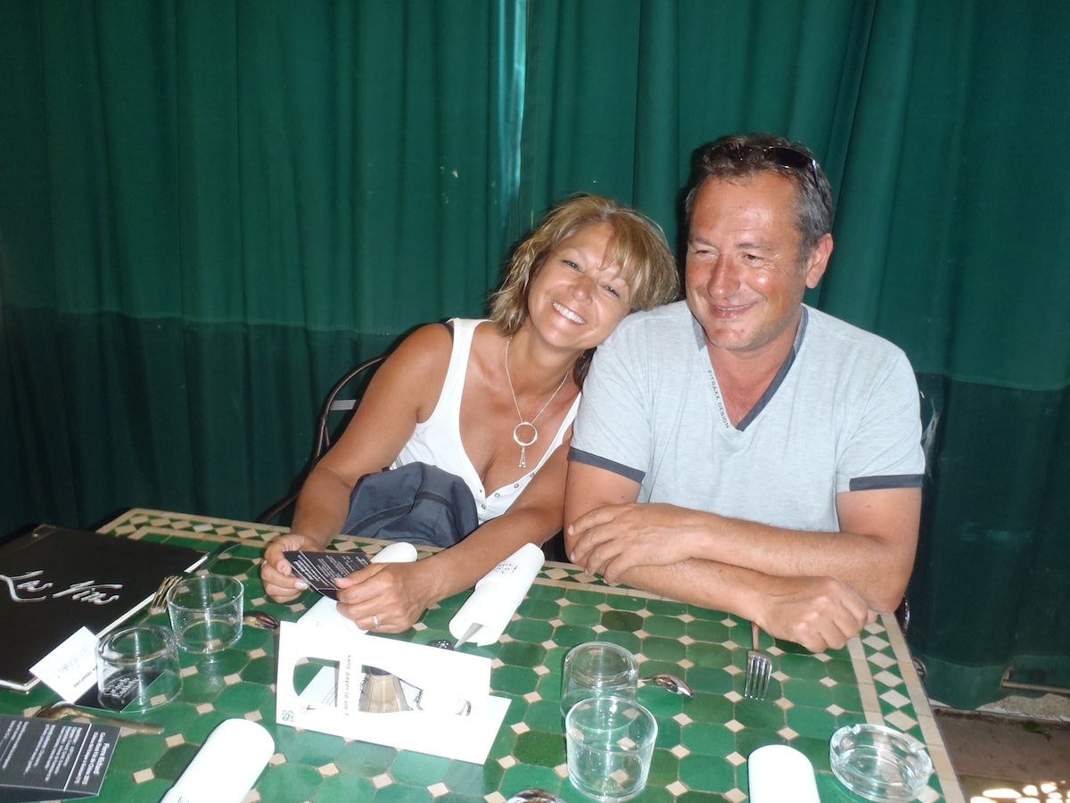 Pascal Et Monique from Marseillan