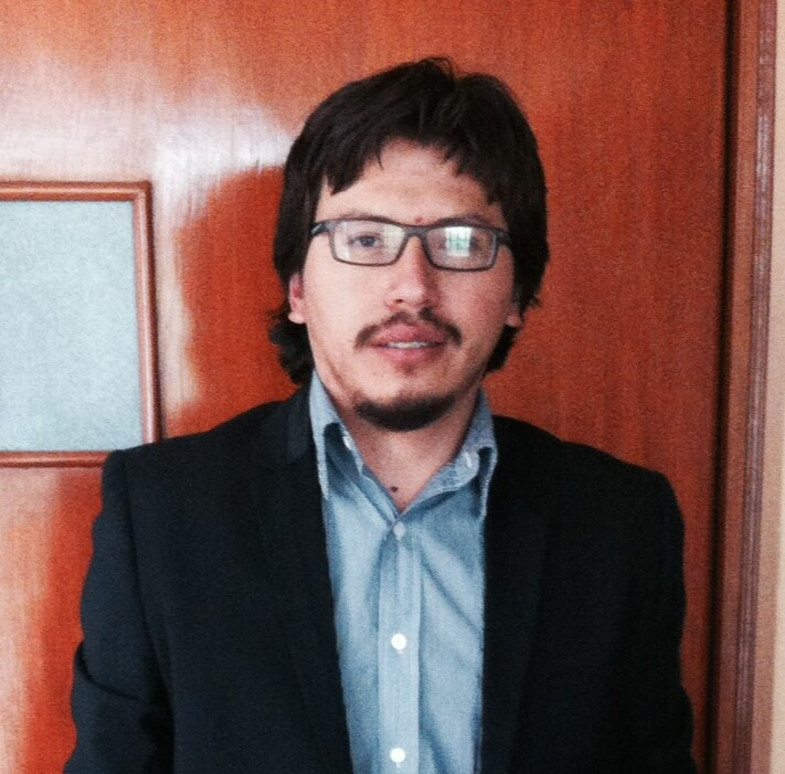 Yiber Manuel from Arequipa