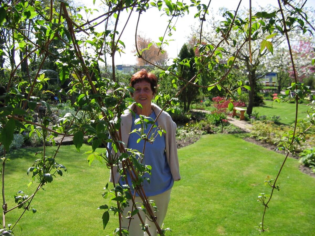 Mijn liefhebberijen: - tuinieren, de tuin is op a