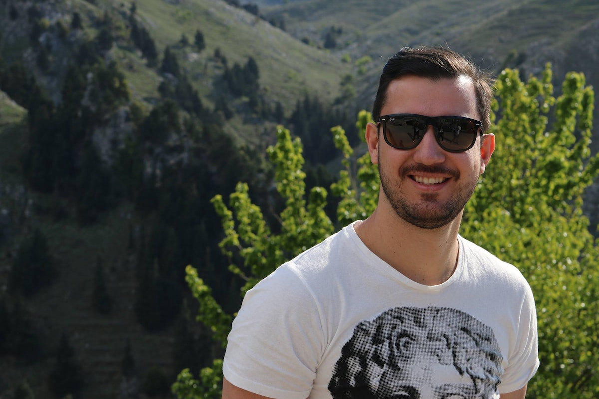 Willian From Nea Smyrni, Greece