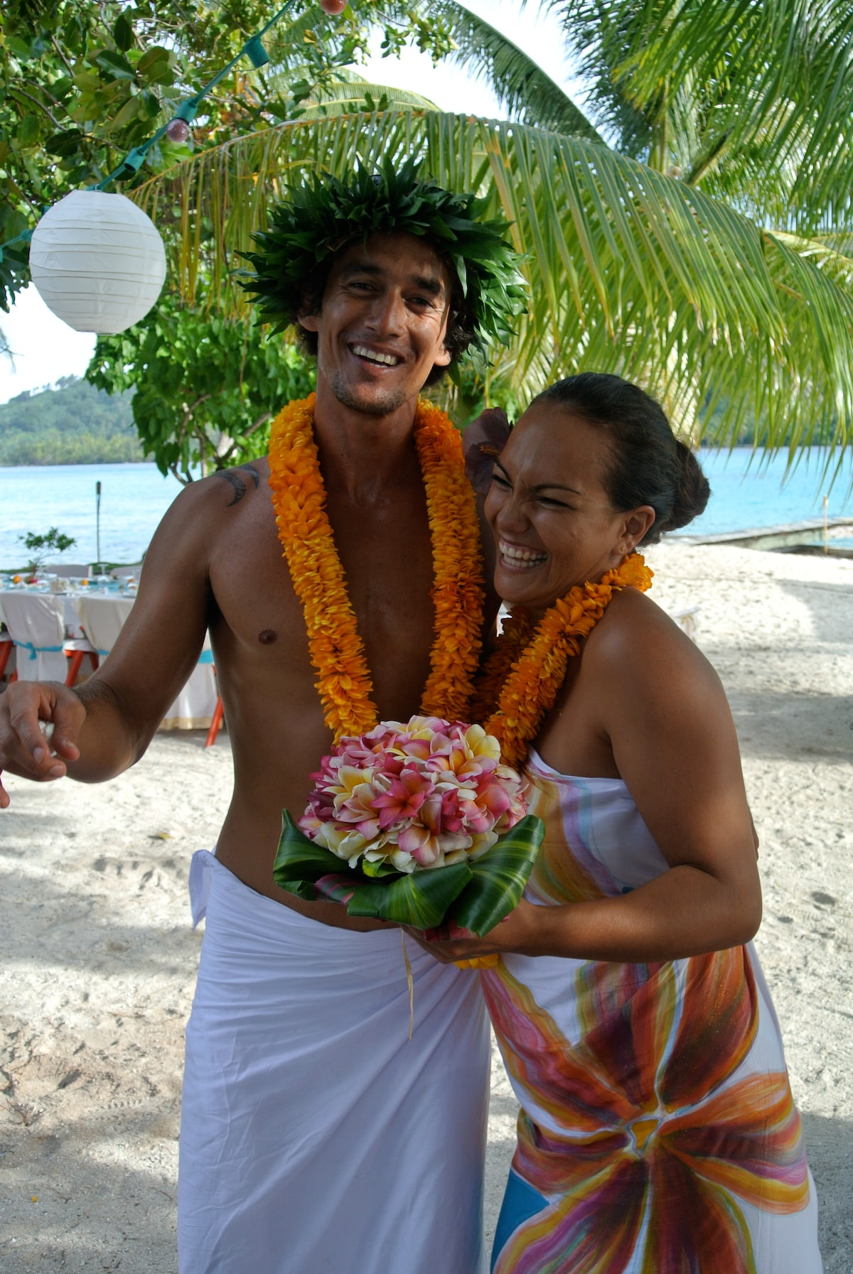 Samantha & Toriki from Huahine-iti