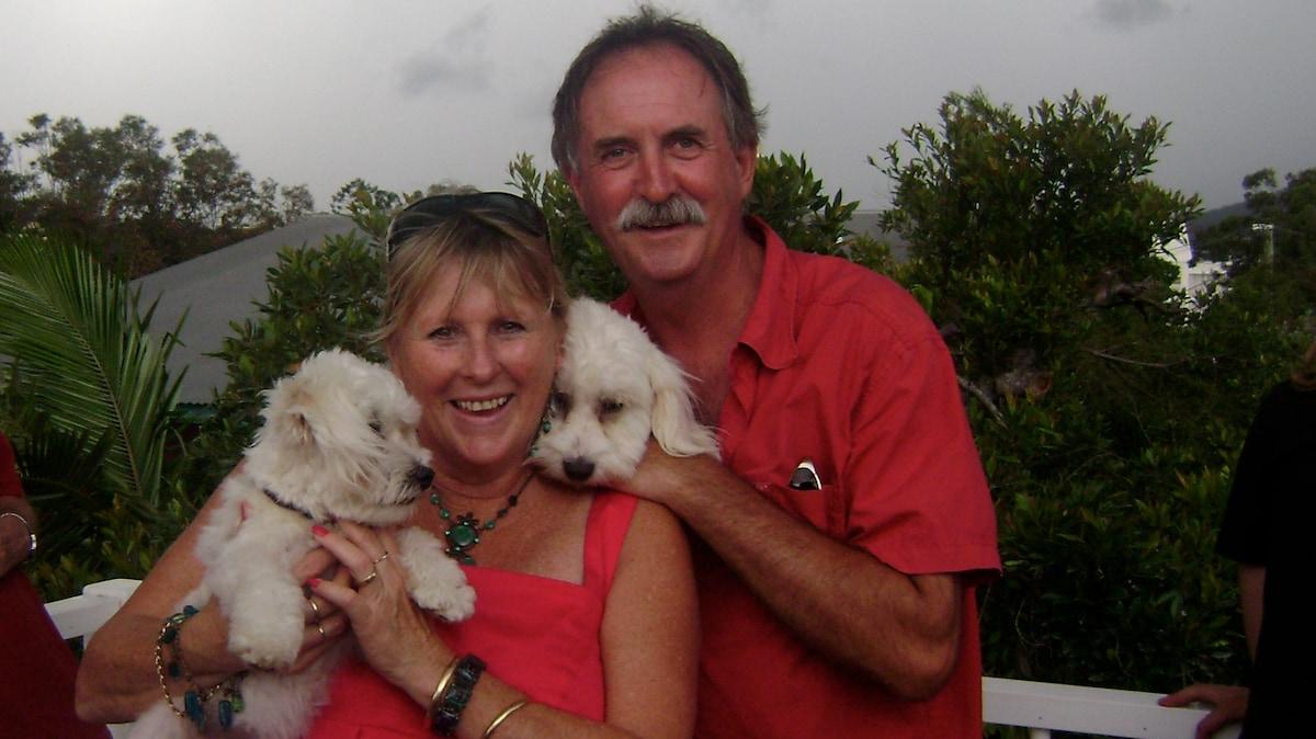Paula And Thommo