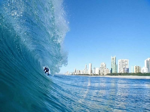 S from Surfers Paradise