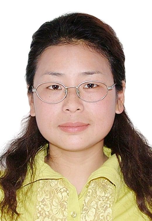I am Shanghainese, i like traveling, reading, cook