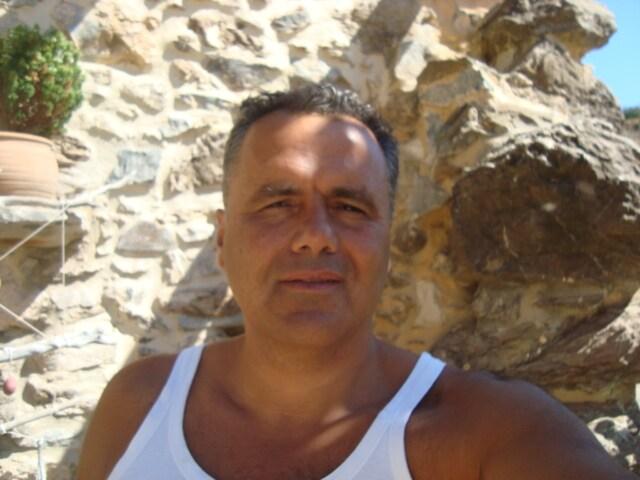 Manolis from Apostoli