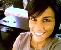Hi my name is Liora,  i m 31, and i love traveli