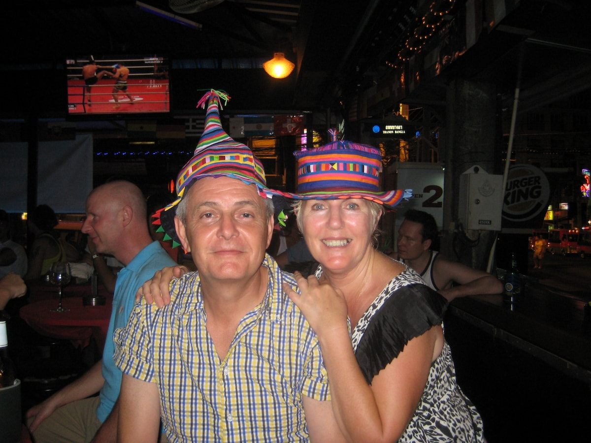 Robin & Yvonne are from the Sunshine Coast area in