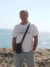 Alvaroedmondo From Salve, Italy