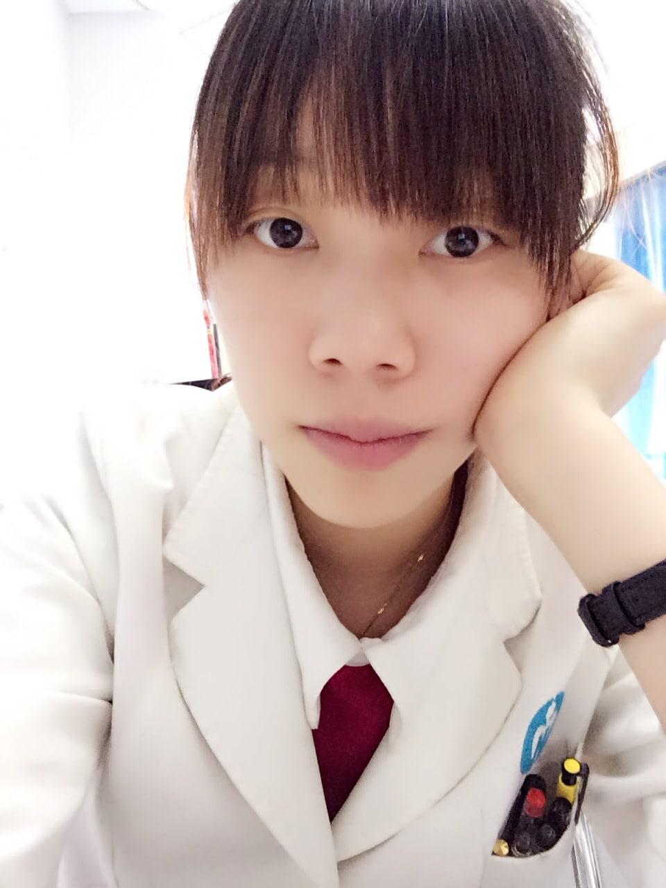婷 from Guangzhou